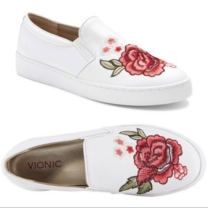 Vionic The Midi Floral Slip On Sneaker White